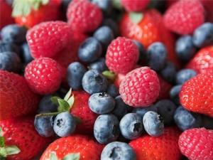 Продукты способствующие похудению. Ягоды